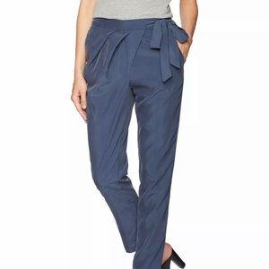 BCBG Generation Women's Navy Blue Pants SZ 4 NWT